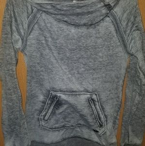 Roxy pullover hoodie (small)